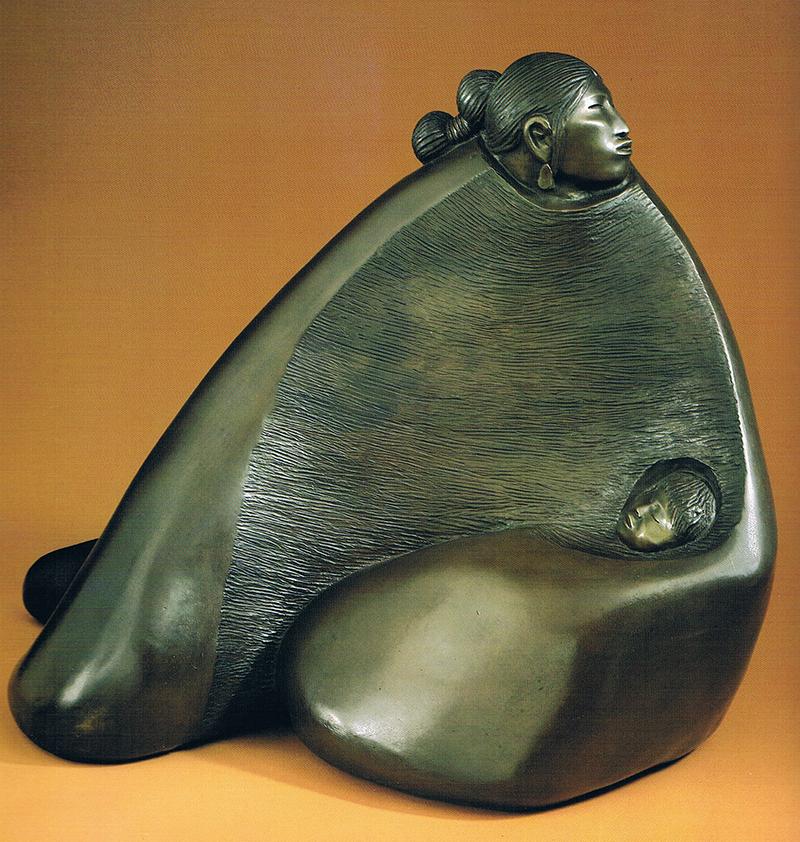 THE SOUND OF THE NIGHT, Sculpture en bronze par l'artiste Amérindien Allan Houser. Photo extraite de Beyond Tradition, Northland Publishing